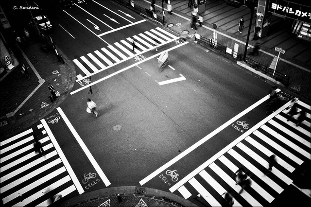 ileftmyheartintokyo:  At a crossroads. by Daifuku Sensei on Flickr.