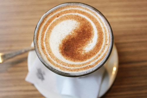 mylifelookingthroughacamera:  Chai latteeee ♥