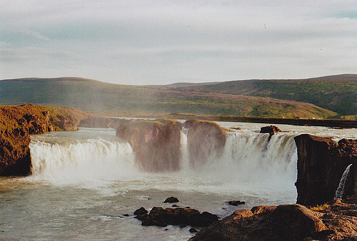 young-veins:  Goðafoss (by Aber es war.)