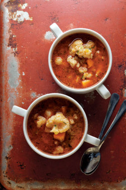 gormaya:    Karfiolleves (Paprika-Spiced Cauliflower Soup) — Gormaya Apps for Cooks: Substitutions, Conversions for Cooking, and TasteTimer