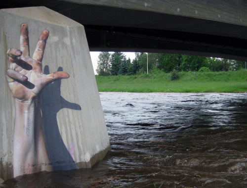 """Help, I am alive…"" The urban art of German Graffiti artist Tasso"
