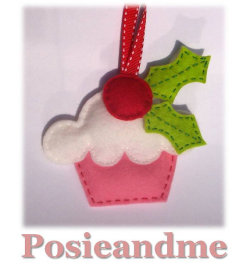 (via Wool Felt Pink Cupcake Christmas Ornament by posieandme on Etsy)