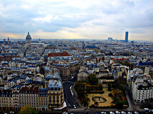 Paris skyline (by Jesus_l)