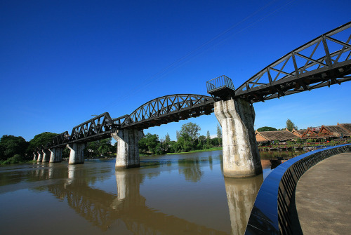 The world famous River Kwai Bridge built by Allied prisoners-of-war during World War II , becomes the focal point of celebrations on November 25 – December 6, 2011 , Kanchanaburi province. More info. call 034-51120 (Thanks for picture from TAT Kanchanaburi)