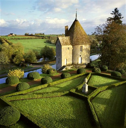 Well, this puts me in a fairytale mood…. ysvoice:  | ♕ |  Château de Chatillon garden, Bourgogne   | by © Jean-Baptiste Collection
