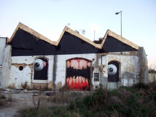 Realistic Graffiti by Tasso (via cobzone)