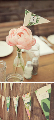 (via That's Happy: pennant escort cards and table numbers)