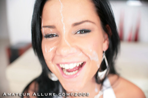 hllywdxxx:  Facial Friday!