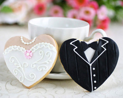 married cookies :3