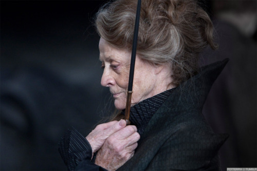 Maggie Smith on the set of Harry Potter and The Deathly Hallows