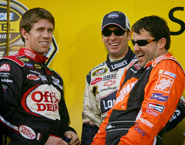 NASCAR drivers Tony Stewart (right), Jimmie Johnson (center) and Carl Edwards joke before the start of the 2005 Nextel Cup Series Ford 400 race at the Homestead-Miami Speedway in Homestead, Fla. The closest battle in Chase history will be settled on Sunday at Homestead as Stewart and Edwards battle for the title. (REUTERS/Carlos Barria) ANDERSON: Nobody can stop a streaking Tony StewartESTES: Stewart looking to make history as a driver/ownerLONG: Edwards in control heading to the Chase finaleTUTTLE: Five other drives who could benefit from a winMARTIN: Edwards, Stewart poised for a dramatic finish
