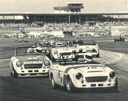 haris300:  carshare:  Daytona, 1969.  Not enough love for these awesome cars.