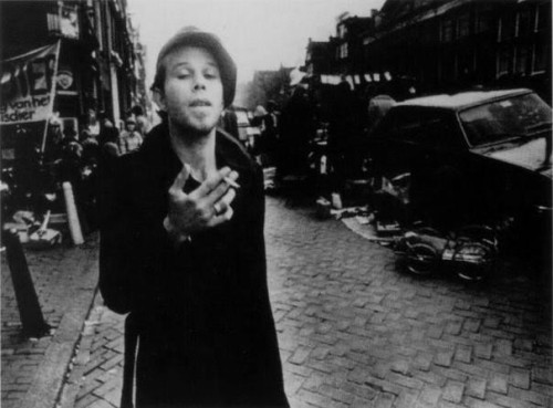 ryanvoid:  Tom Waits  for no man.  *runs and hides*