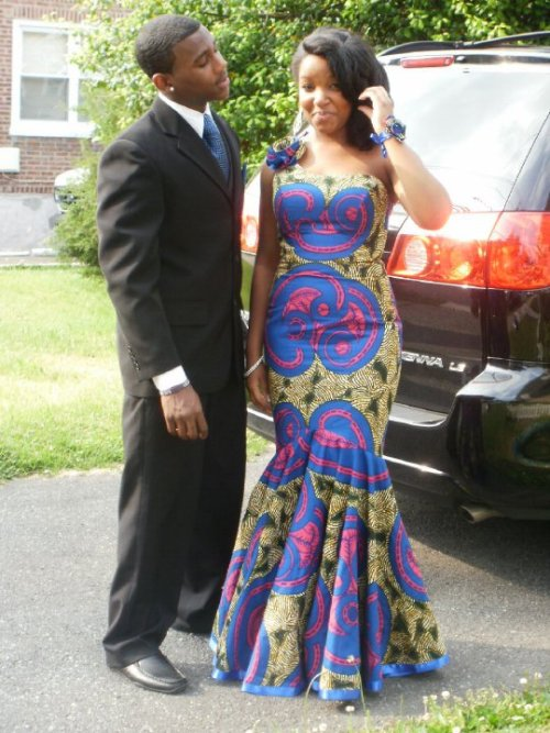 blackfashion:  2010 prom <3