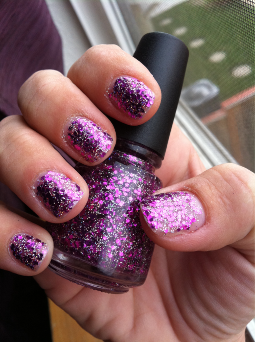 "elektrafide:  My new nail polish. It's called ""Glitteratti"". :)"