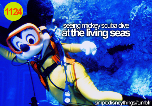 simpledisneythings:  Especially when you're eating at the Coral Reef and he waves to you.  Lyk dis, bro?