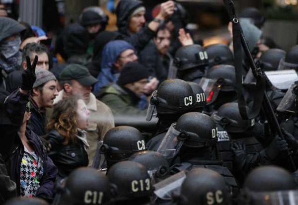 Portland pepper spray incident generates iconic Occupy photo - latimes