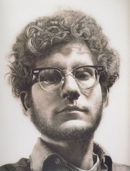 Chuck Close, Frank, 1969 lol, I see hipsters wearing those glasses all the time. Photorealism. No computer. Sheer talent, bitches.