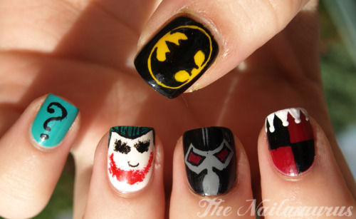 fashiontipsfromcomicstrips:  Manicure Monday: Batman nail art, by The Nailasaurus [tumblr]