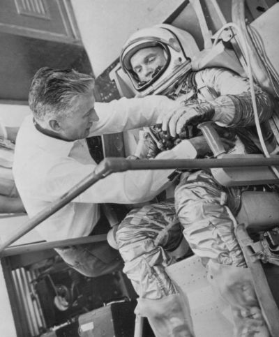 monsterman:  Astronaut John Glenn (Feb 21, 1962)