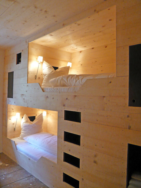 Badass bed built into the wall #love #sweetbeds