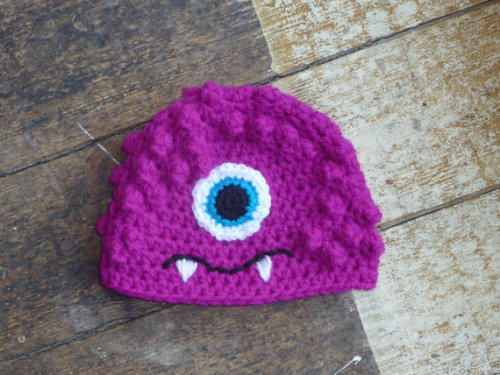 Little monster hat for your little monster at http://cheekychumy.etsy.com