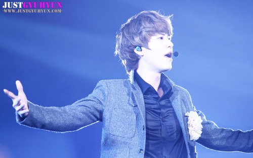 dancingkyu:  【禁止任何形式二改商用,转载请注明来自JustGyuhyun】{Any form of editing and commercial use is forbidden, reprint please note JustGyuhyun}