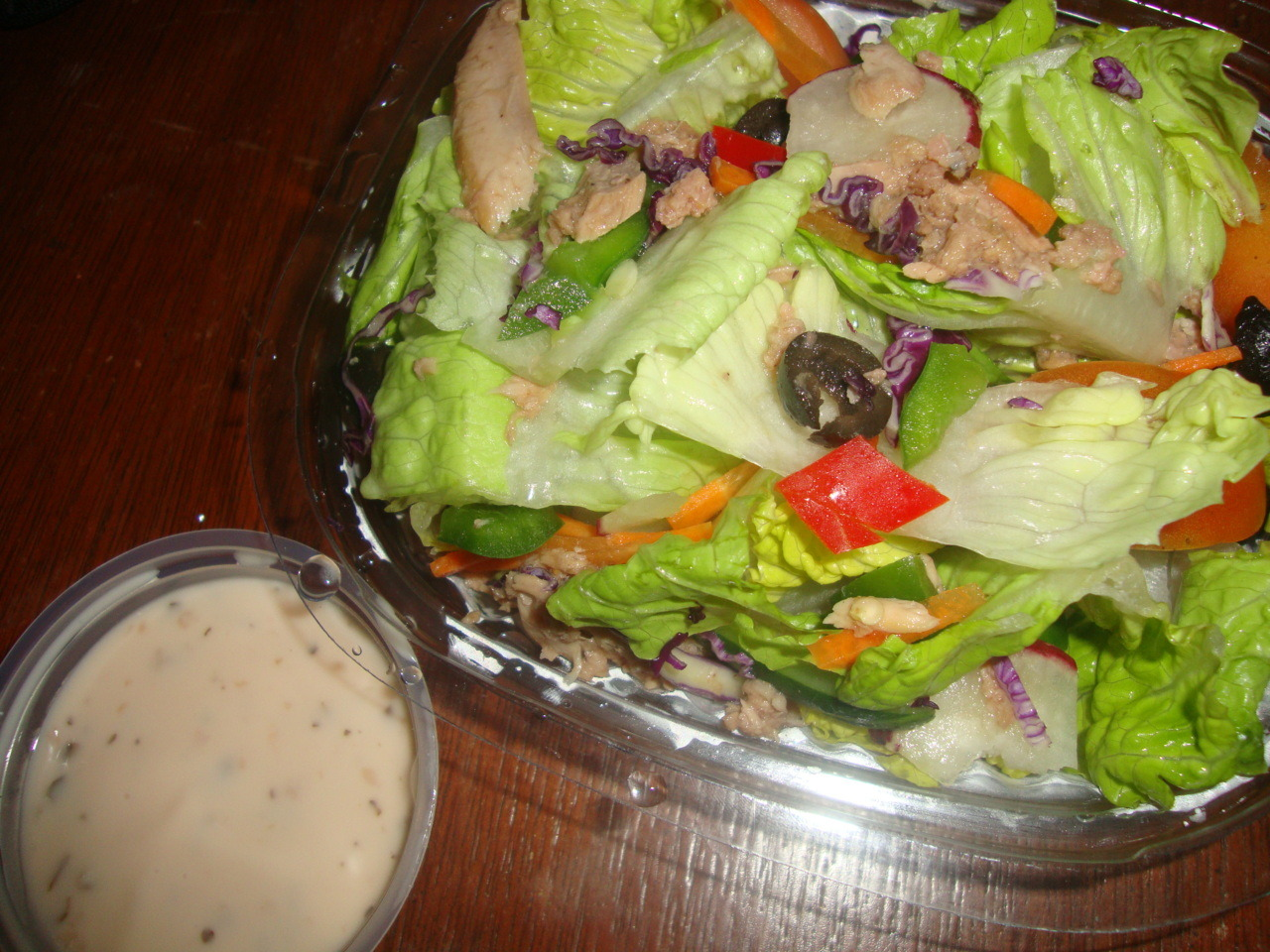 Tuna salad for a healthy body. Thanks, Sbarro. :)
