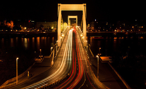c-h-a-o-s:  Traffic on the Elisabeth Bridge (by markrellison)