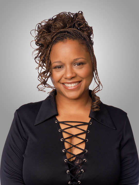fuckyeahfamousblackgirls:  Yvette Wilson who is known for playing the character Andell on Moesha & The Parkers passed away tonight after battling cervical cancer. She was just 48 years young :( Rest In Peace Ms. Wilson!