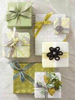 (via Crafty Gift Wrap for All Occasions)