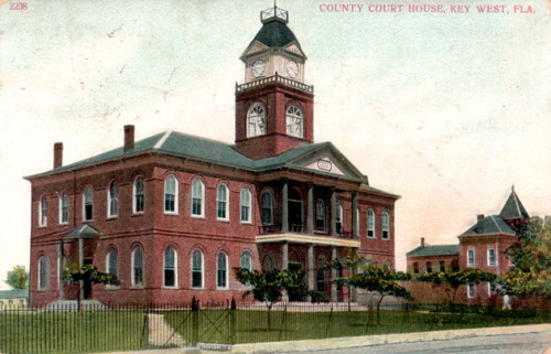 Postcard of the Monroe County Courthouse from the 1920s. Source: Alachua County Historic Trust