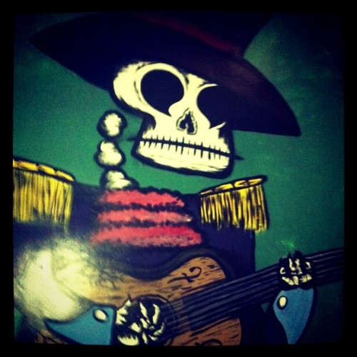 craigz:  skull in the band  (Taken with Instagram at Big Snow Buffalo Lodge)
