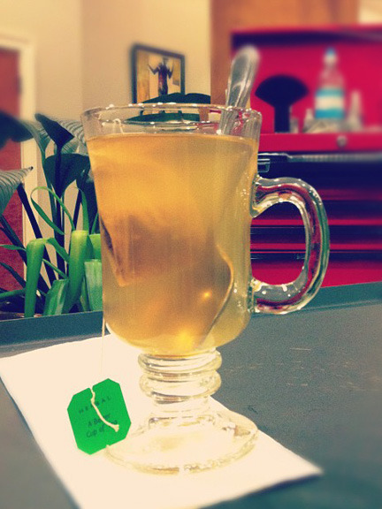 lushlady:  This is the Best Hot Toddy Ever, as made by my hairstylist.Best Hot Toddy Ever+ Ginger and lemon tea+ shot of Apple infused whiskey (DIY!)+ Honey to taste Photo credit: Lush Lady