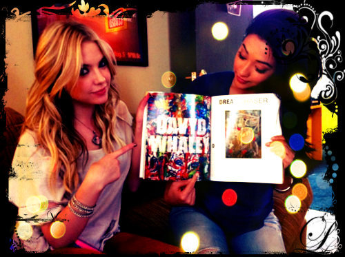 Shay && Ashley ;D Beautifuuul :) Follow me , please ;D ♥