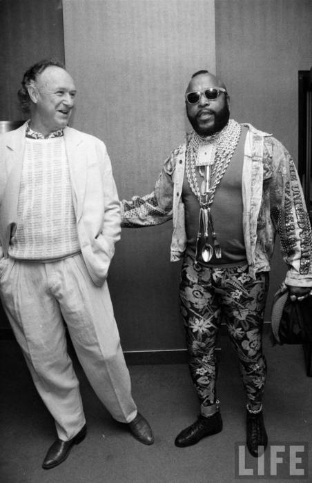awesomepeoplehangingouttogether:  Gene Hackman and Mr. T