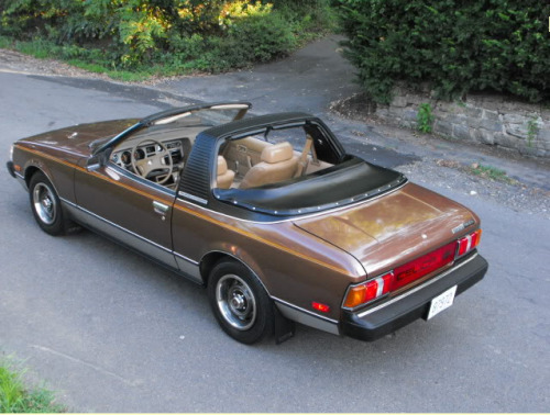superdiscochino:  cluck1000:  1980 Toyota Sunchaser Celica GT, 28k miles  brown + targa + endless all-caps description FTW  Slicing the roof of a perfectly good1 Celica seems to be a peculiarly American tradition.    For extremely low values of good, in some cases. Y'all know this is a Corona in a party-frock, right? ↩