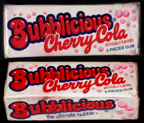 Cherry Cola Bubblicious  Source: Flickr