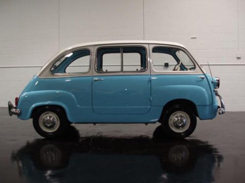 sfmoma:  travel-by-design:  The Dymaxion Car Rides Again Fiat lifted their design for the Multipla 600 from… Read More…  Click through for an interesting look at Bucky Fuller's Dymaxion Car.