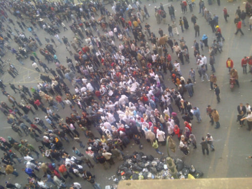 "occupyonline:  Breaking: Egypt cabinet offers to resign as Cairo protests grow BBC's Lyse Doucet in Tahrir Square: ""The anger that has been mounting for many months has now boiled over"" Egypt's cabinet has offered to resign after three days of protests against the country's military rulers, state media have reported. Cabinet spokesman Mohammed Hegazy said the resignation had not yet been accepted by the military council. As he spoke, thousands of people swelled crowds of protesters in Cairo's Tahrir Square. More than 20 people have been killed and nearly 1,800 injured in three days of violence in the Egyptian capital. Egyptian activist groups have been demanding the military council hand power to a civilian government. ""The government of Prime Minister Essam Sharaf has handed its resignation to the Supreme Council of the Armed Forces,"" cabinet spokesman Mohammed Hegazy said in a statement carried by the official Mena news agency. ""Owing to the difficult circumstances the country is going through, the government will continue working."" The BBC's Jon Leyne in Cairo says the issue now for the military is whether it is prepared to appoint a new cabinet and give its members greater powers. The biggest criticism in recent days has been that the military has taken too much power for itself, he adds. A military source told Reuters that the council was seeking agreement on a new prime minister before it accepted the resignation. (via wespeakfortheearth)  pretty interesting! if an odd way to tackle a military junta"