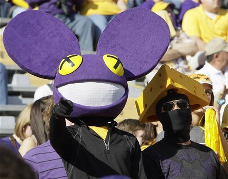 LOL Deadmau5 for LSU GEAUUUUUXXX TIGERS