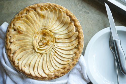 h8onitbro:  french apple pie.
