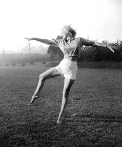 "My favorite pic from the excellent Hairpin article on Marilyn Monroe. I live for ""Scandals of Classic Hollywood."""
