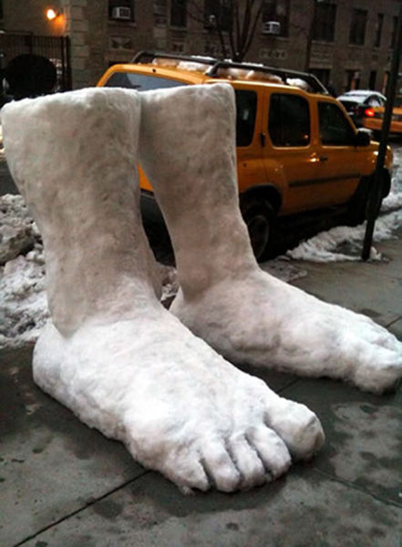 carlo-ryuda:  absolutelymadness:  two feet of snow  I heard there was 2 feet of snow outside. Someone corrected me and said there ARE two feet of snow outside.