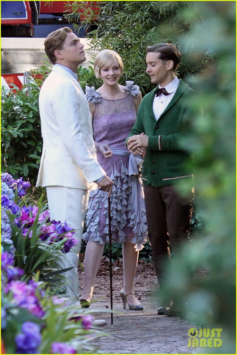 The set of The Great Gatsby The best casting ever!!!! Carey Mulligan(Daisy) and Leonardo DiCaprio(Jay Gatsby)  I can't wait!!