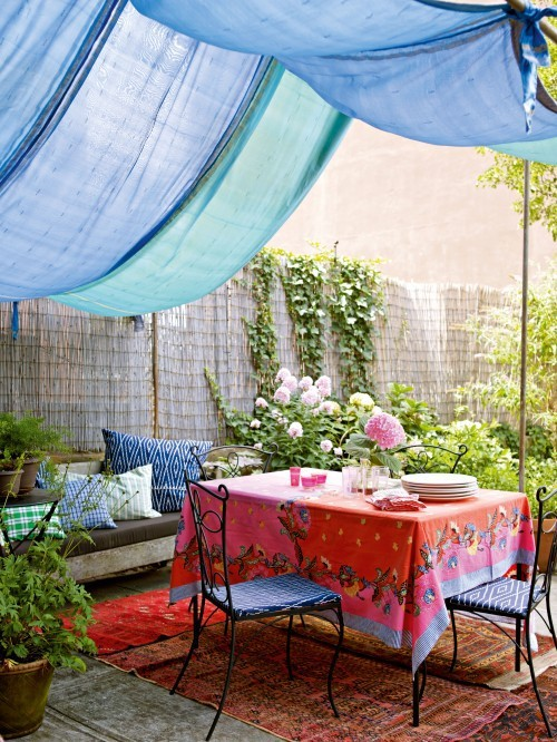peoniespearlspromises:  {Garden Party | Houzz}