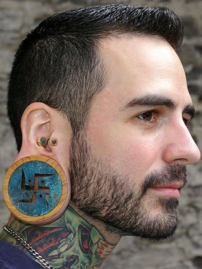 seeeaaann:  his plugs are amazing