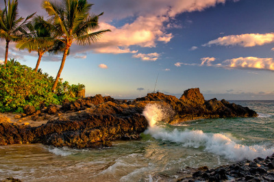 Maui Secret Beach by mojo2u on Flickr.