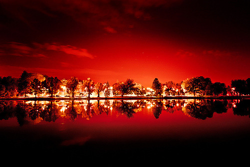 15steep:  Red Night (by Armando Martinez)
