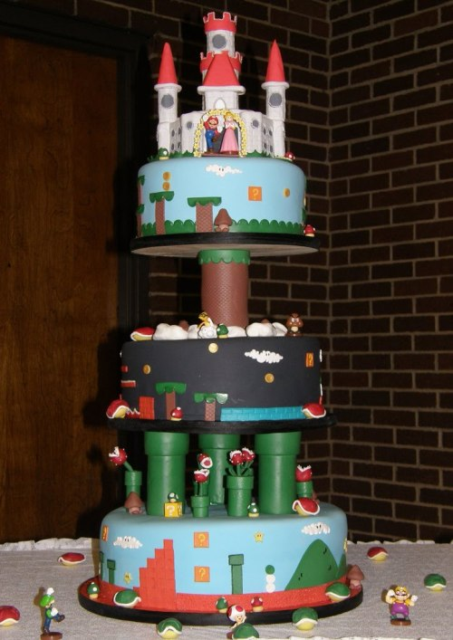 insanelygaming:  Mario Wedding Cake - by bridetide